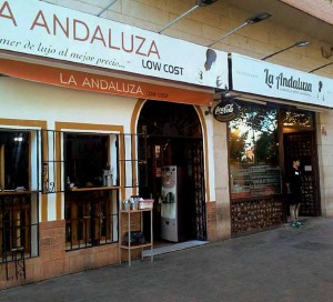 Locales-la-andaluza-y-low-cost-prensa-web